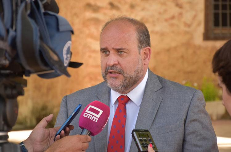 El vicepresidente primero, Martínez Guijarro
