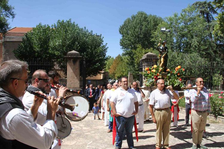 Procesión de San Roque por las calles de Sigüenza