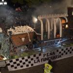 La peña La Funeraria, con 'El tren fantasma', ganadora del 42 Desfile de Carrozas