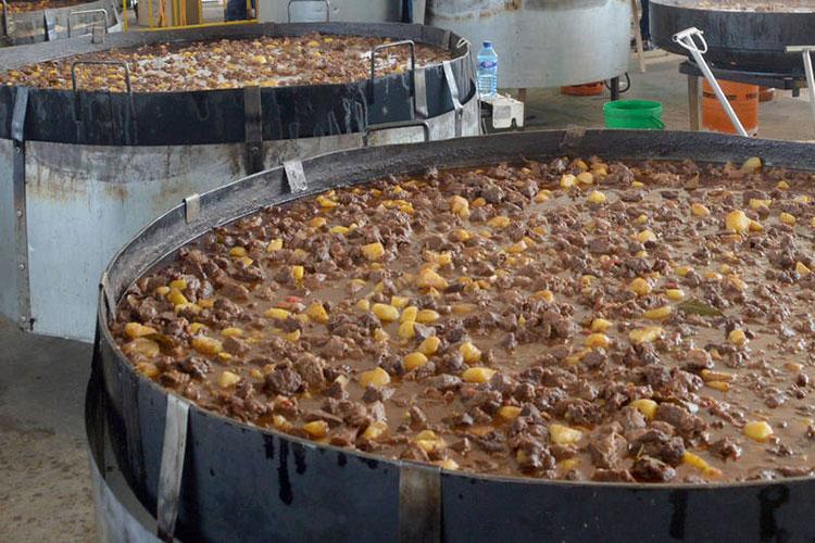 Hasta el viernes se pueden comprar los vales para la comida popular de las fiestas de Azuqueca