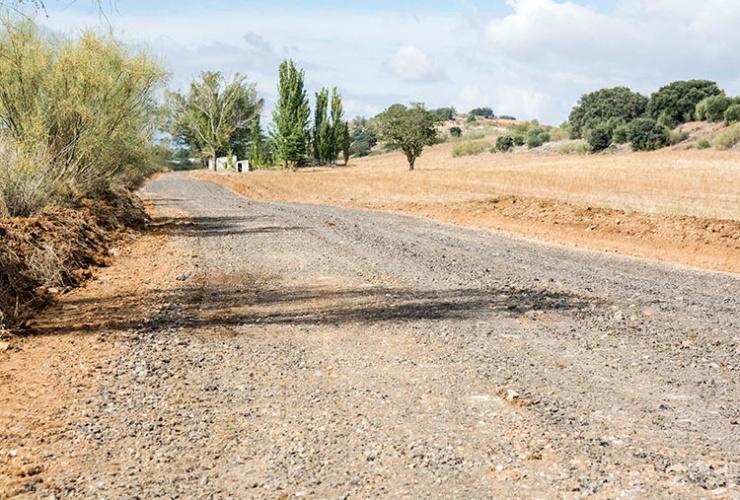 Uno de los caminos que serán reparados