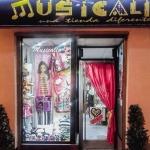 Ayuntamiento y ACEPA quieren implicar de nuevo a los comercios en la promoción de la Muestra Nacional de Teatro