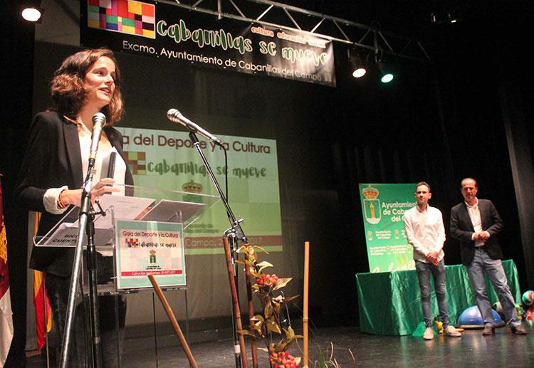 La deportista Ana Lozano también fue distinguida con uno de los premios
