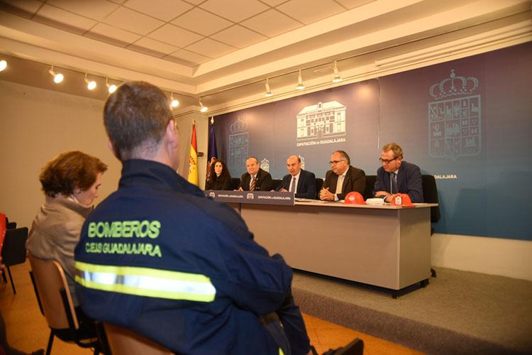 Un momento de la presentación de la Semana de la Prevención de Incendios que va atener lugar en El Casar