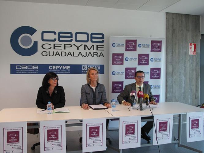 Un momento de la presentación de una nueva edición del Salón del Automóvil de Guadalajara