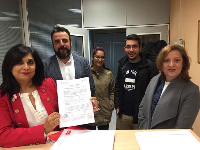 Ana Fabián presenta su precandidatura a la secretaria general de los socialistas guadalajareños