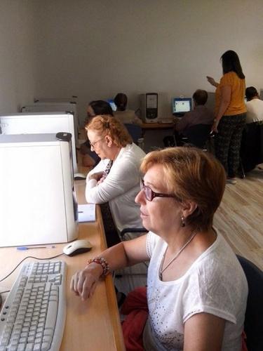 Nuevos cursos de iniciación a la informática organizados por el ayuntamiento de Cabanillas