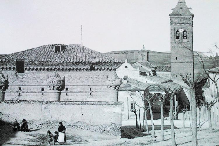La Capilla de Luis de Lucena, probablemente, se salvó de la piqueta gracias a Pérez Villamil