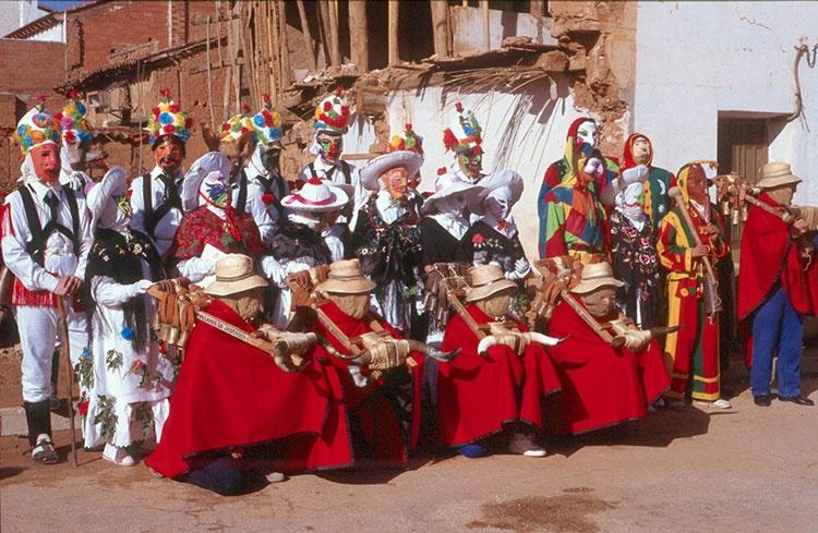 Botargas, mascaritas, vaquillones... en Robledillo de Mohernando