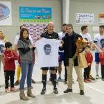 Emotivo homenaje en Torrejón del Rey a Luis Aragonés