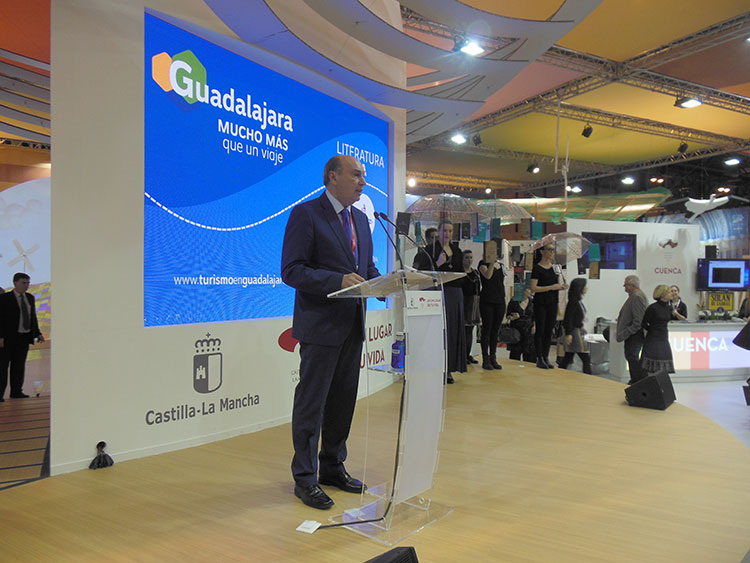 El presidente de la Diputación, José Manuel Latre, ha sido el encargado de inaugurar esta jornada