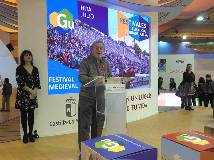 El actor Manuel Galiana ha sido el encargado de presentar el festival de Hita