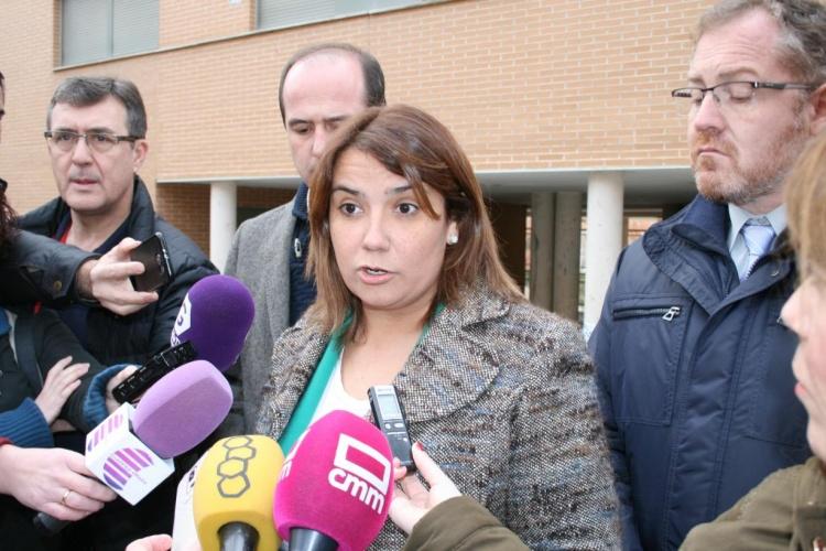 La consejera de Fomento, Agustina García Élez ha confirmado que los vecinos pueden volver a sus casas
