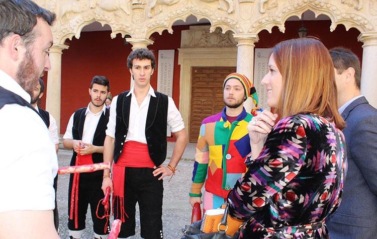 La directora general de Turismo, Comercio y Artesanía, Ana Isabel Fernández Samper en su visita a Guadalajara