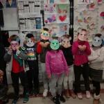 Carnaval de libros y cuentos en los clubes de lectura de Alovera