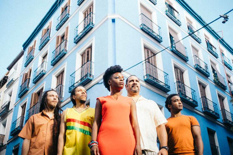 'Astrid Jones & The Blue Flaps' cierra el XVII Mes del Jazz