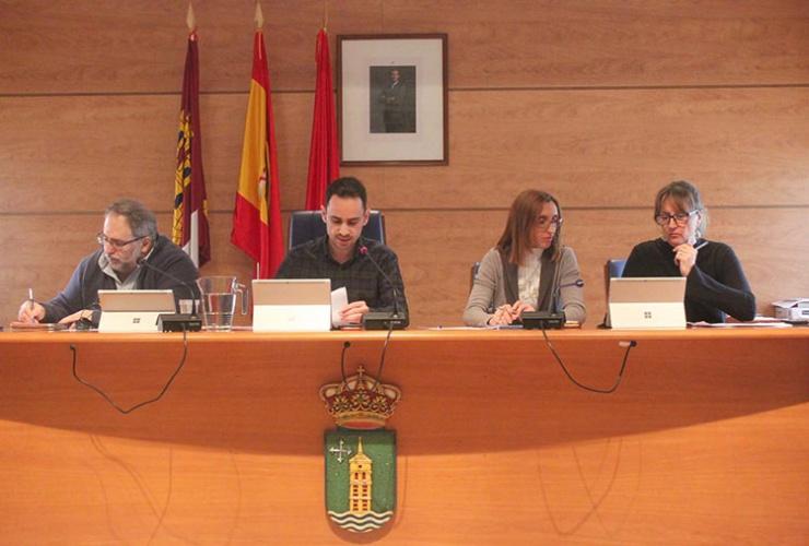 Pleno del ayuntamiento de Cabanilas del Campo