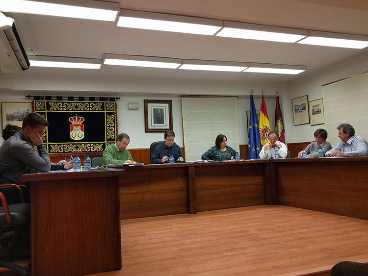 Pleno del ayuntamiento de Sacedón