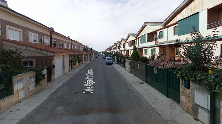 Calle Alejadro Casona de la Urbanización Parque Vallejo de Alovera, donde ocurrieron los hechos (Foto Google Maps)