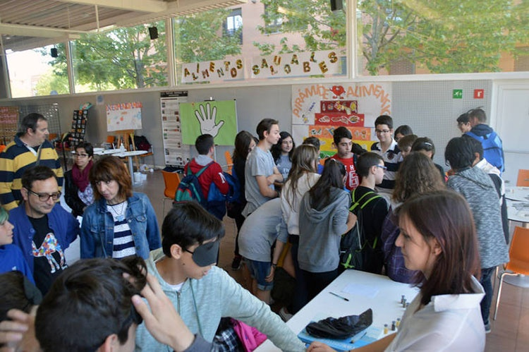 Imagen de archivo de la Jornada de la Ciencia del año pasado. Fotografía: Álvaro Díaz Villamil / Ayuntamiento de Azuqueca