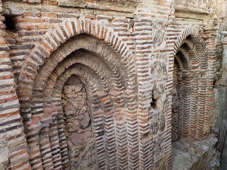 Parte de la estructura de la iglesia de San Simón de Brihuega