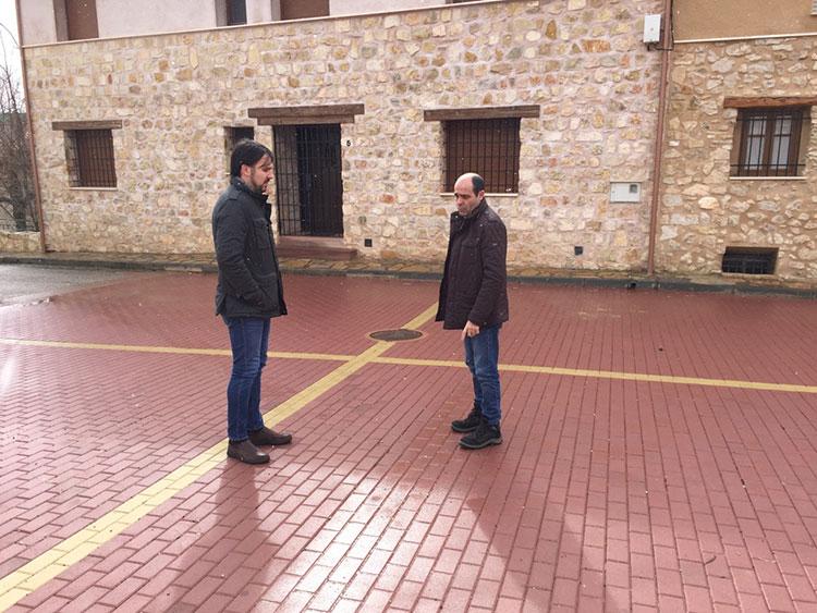 El diputado delegado de Obras e Infraestructuras, José Ángel Parra, en su visita a Megina