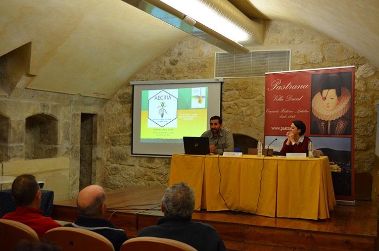 Presentación de la Asociación Española de Criadores de Abejas Reinas (AECRIA)