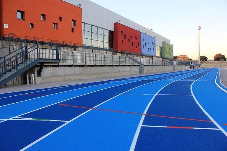 Pista de atletismo del Centro Deportivo Municipal 'Valdeluz'