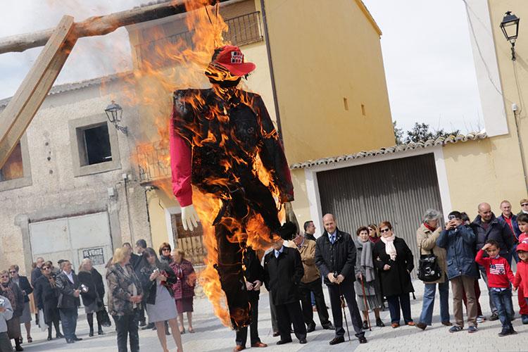 Quema del Judas en Pareja, Fiesta de Interés Turístico Provincial