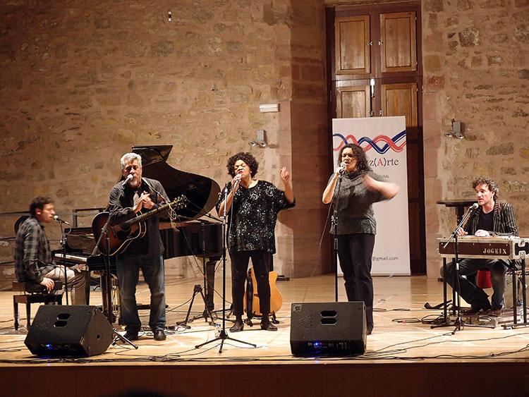 Actuación del quinteto 'Freedom' en el Pósito de Sigüenza