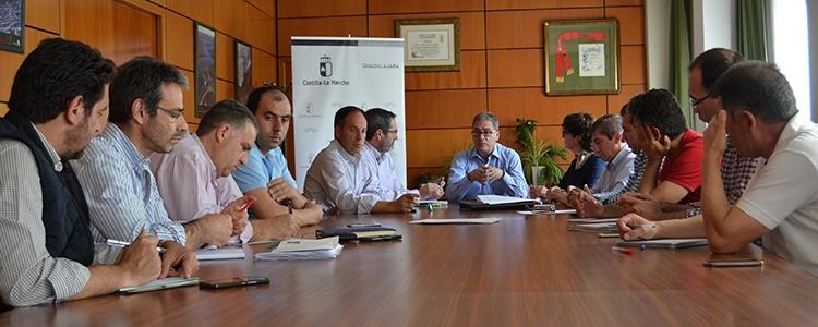 Reunión con los productores de espárragos de la provincia