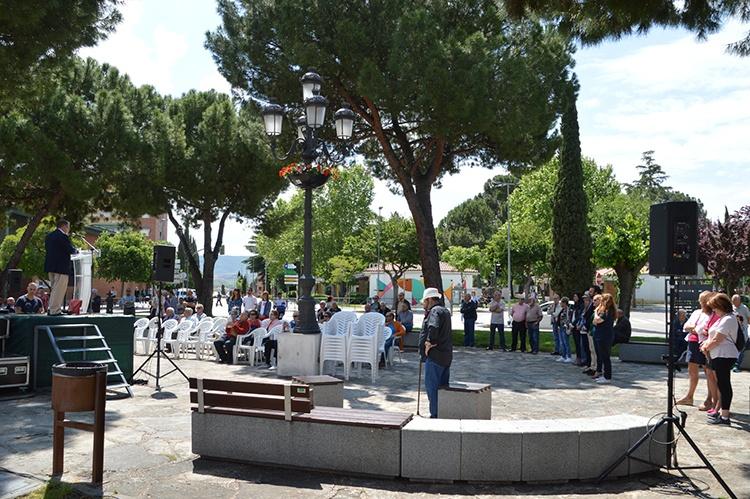 Un momento de la concentración. Fotografía: Álvaro Díaz Villamil / Ayuntamiento de Azuqueca