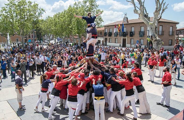 Colla Xiquets del Serrallo, llegada desde Tarragona