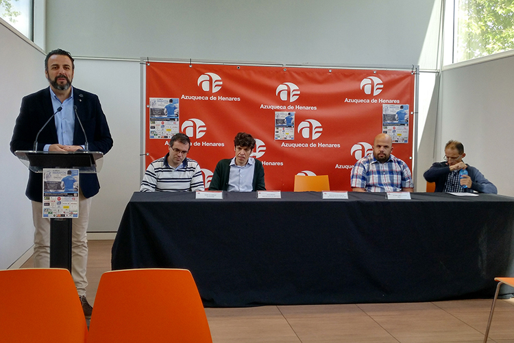 Un momento de la presentación. Fotografía: Ayuntamiento de Azuqueca