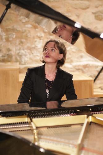 Bernadetta Raatz en un momento de su actuación