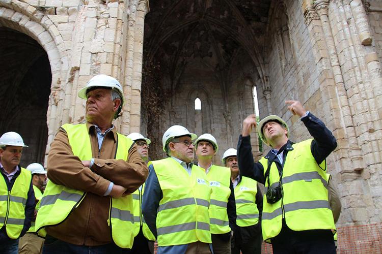 Visita de Felpeto a las ruinas de Santa María de Bonaval
