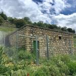 El Ayuntamiento de Brihuega invierte diez mil euros en el vallado de los depósitos de sus pedanías