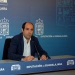 Parra afirma que Diputación trabaja un proyecto para arreglar la carretera GU-958