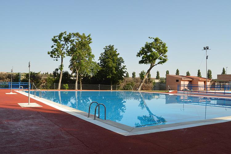 Imagen de archivo de la piscina de verano. Fotografía: Álvaro Díaz Villamil / Ayuntamiento de Azuqueca