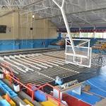 Comienza la instalación de suelo de parqué en el polideportivo La Paz de Azuqueca