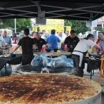 """Las Chillers triunfan en el """"Día de la Tortilla"""" en las fiestas de Cabanillas"""