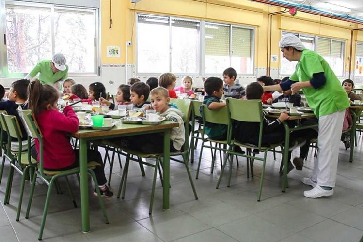 Más de 4.200 alumnos se van a beneficiar de los comedores escolares durante este verano