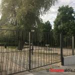 """El parque de la Fuente de la Niña cerrado a """"cal y canto"""""""