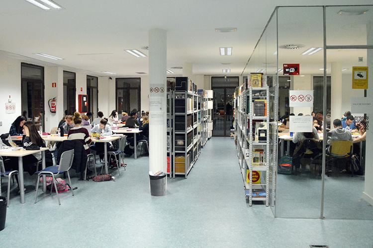Imagen de archivo de la Biblioteca. Fotografía: Álvaro Díaz Villamil/ Ayuntamiento de Azuqueca de Henares