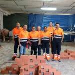 Ocho alumnos trabajan en Brihuega para aprender a restaurar y mantener espacios municipales en el Taller de Empleo