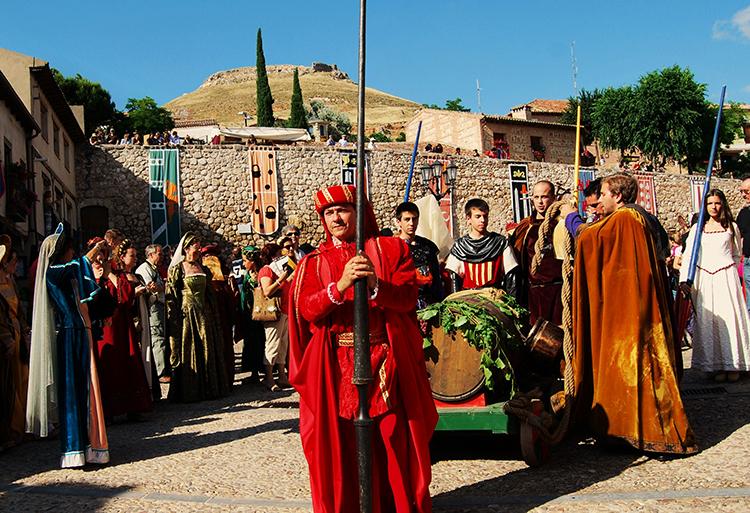 Arranca el expediente para la declaración de BIC del Festival Medieval de Hita