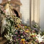 Cientos de flores en una Ofrenda floral cargada de fervor en Guadalajara