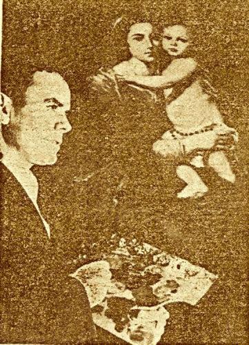 Una única vez se dejó retratar Marcos Luengo, en tonos sepia, ante un cuadro de Murillo