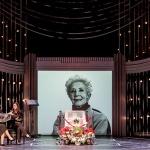 La función teatral El Funeral ha tenido que suspenderse debido al ingreso hospitalario de Concha Velasco