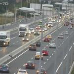 Fallece un hombre en un accidente entre un camión, un turismo y una furgoneta en la A2